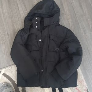 Boys medium size 8 years Black winter jacket
